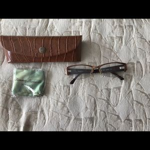 Make Offer: Tommy Bahama Rx glasses/case/cloth